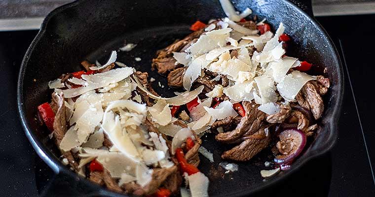 Steaksandwich mit Kaese