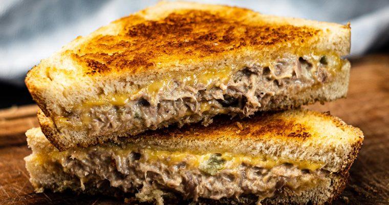Thunfisch-Sandwich aus der Pfanne